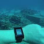 pebble_underwater